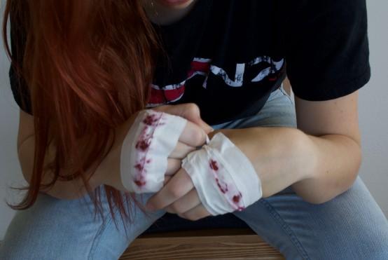 Bloody Knuckles - Kelly
